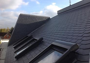 La pose de velux sur un toiture plate par un professionnel for Devis fenetre de toit